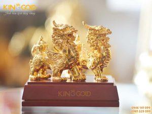 kinggold-don-vi-che-tac-vang-dep-ti-mi-den-tung-chi-tiet